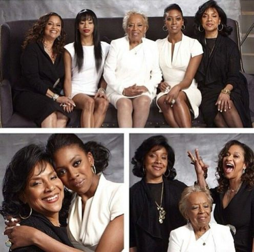 The sisters with their mother & daughters